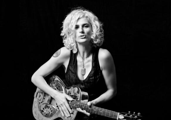 Bettina Schelker | Rocker, Activist, Poet
